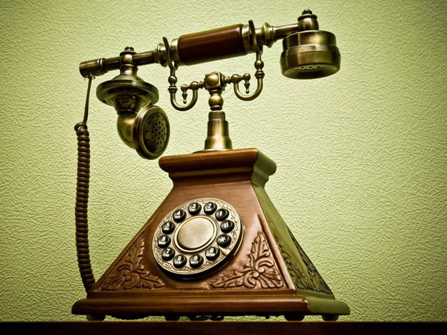 Изобретение первого телефона